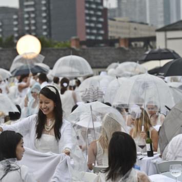 Beau temps, mauvais temps! / Rain or Shine!