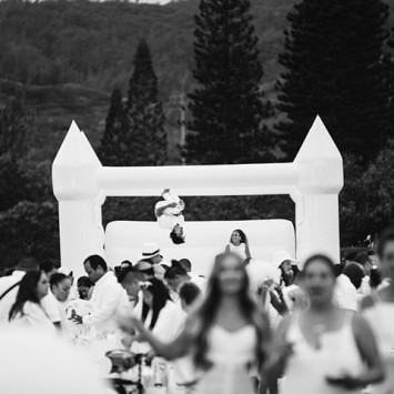 Le Diner en Blanc - Honolulu: A Virtual Experience for New Year's Eve