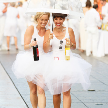 Dîner en Blanc: Media + Online Photography