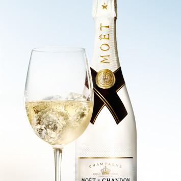 No olviden comprar su Champagne Moet & Chandon, vinos y comida en el eStore