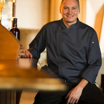 JW Marriot y el Chef Stefan Speling deleitaran nuestro paladar.