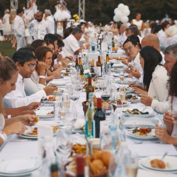 How to Sponsor a Friend for Diner en Blanc
