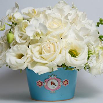 Beautiful arrangements by Ellermann Flower Boutique!