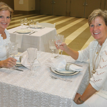 PHOTOS — Pre-Diner en Blanc Party Brings First Taste of Paris Tradition to West Palm Beach!