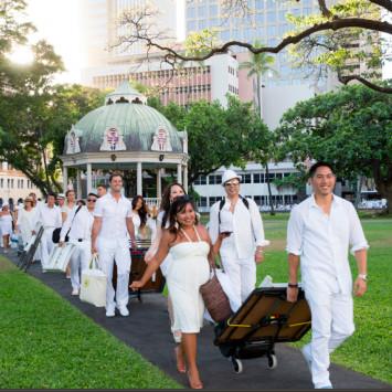 Dîner en Blanc is returning to Honolulu on June 20, 2015!