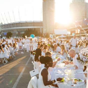 Save -The-Date! Dîner en Blanc - Vancouver Returns August 2017