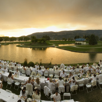Worldwide epicurean phenomenon Dîner en Blanc® arrives in the Okanagan this summer!