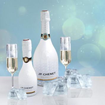 J.P. Chenet Ice est le partenaire officiel de mousseux pour Le Dîner en Blanc Canada