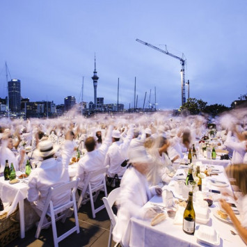Dîner en Blanc: What is it and why does everyone secretly want to go?